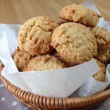 シンプルだからこそ、素材の味が引き立つクッキーです。ざくざくとした食感が美味しいですよ。