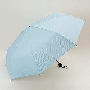 UMBRELLA -LARGE SIZE-(アンブレラ ラージサイズ)は、旅先での突然の雨に備えて持ち歩きたい折りたたみ傘。撥水性が高い生地を使用しているので一振りで水滴を振るい落として使用後すぐポーチに入れることができます。UVカット率99.9%で日傘としても使えます。