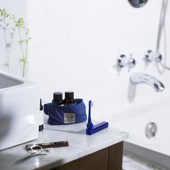 TRAVEL TOOTHBRUSH MISOKA for TO&FRO(トラベルトゥースブラシミソカフォートゥーアンドフロー)は、TO&FROとMISOKAがコラボレーションして作られた歯ブラシ。ナノミネラルコーティング加工した毛先によって歯磨き粉いらずで水だけでツルツルの歯にしてくれます。
