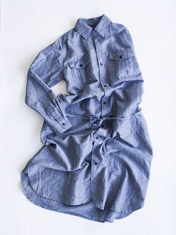 リネン100%の他、日々の生活で扱いやすい綿混もラインナップ。大人のための、日常の普段着です。