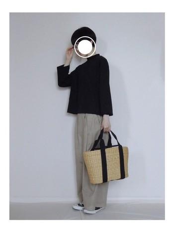 ここ数年ワイドシルエットブームが定着し、この秋冬もワイドパンツはファッションには欠かせないアイテムになりましたね。