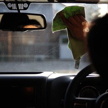 車の内側のガラスを拭くと跡が残って汚く見えること、ありませんか。MQ・Duotexなら拭き跡が残らず◎。