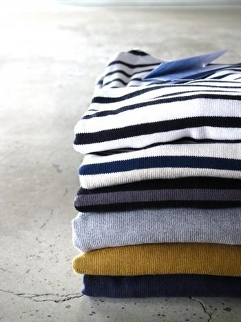 一枚で着ても、インナーとして着ても使い勝手の良いバスクシャツ。定番だからこそ、品質やシルエットにこだわりたいですよね♪お気に入りのバスクシャツを着て、おでかけしてみてはいかがでしょうか?