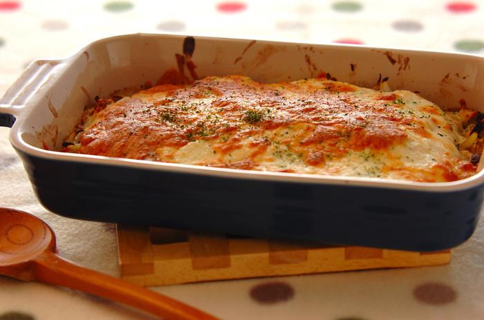 白みそを入れて和風の味わいにした豆腐クリームグラタンのレシピです。