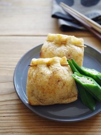 油揚げの中に納豆を入れた、和風レシピ。ビールや日本酒ピッタリのレシピ。女性にとって大切な大豆の栄養素をたっぷり摂ることが出来るレシピです。