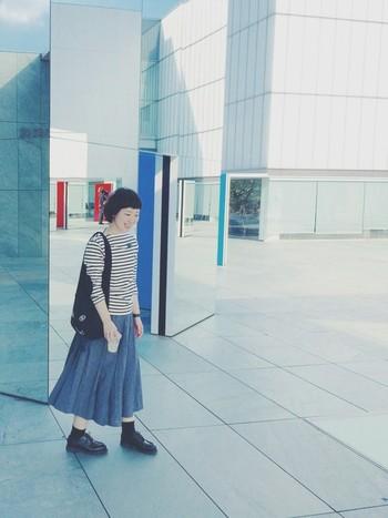 この秋は、ロングスカートを使ったシンプルなコーディネートを極めてお出かけに行きませんか?