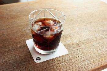 お茶やジュース、お酒などどんな飲み物にも合います。デザート容器としてもgood。