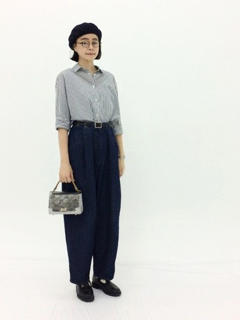 裾に行くほど細くなる、素敵なシルエットのテーパードパンツは今年の旬パンツ。ダボッとしたシルエットなので太って見えがちですが、裾に向かって細くなるのでしっかりスタイルアップしてくれます。