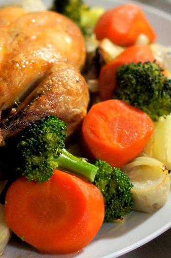 他にも、お肉に合いそうな野菜のサイドディッシュを作るのが定番ですが内容は各家庭で好きなものを作ります。こちらは日本でもおなじみの「にんじんのグラッセ」です。好きな野菜を茹でたものを合わせれば、サンクスギビングにぴったりなお料理のできあがりです。