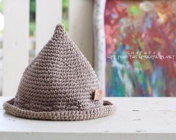 ちょこんと飛び出たどんぐり帽子、とっても可愛いですね。 寒い季節にも、暖かな季節にもぴったりなどんぐり帽子。オシャレがもっと楽しくなりそうですね。 お洋服に合わせて選んでみてはいかがでしょうか。