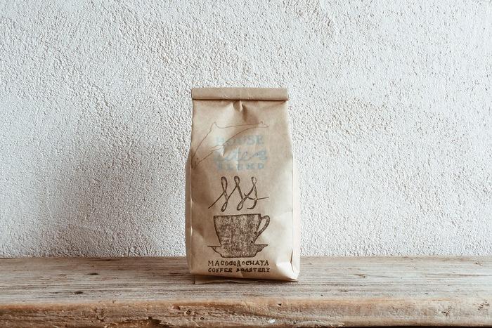 オリジナルブレンドのコーヒー豆は苦みと味わいによって、ライト、マイルド、ビター、に分かれています。他にデカフェコーヒーもご用意されていますよ。お家でも至福の一杯をどうぞ。