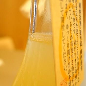 瓶の中では乳酸菌や酵母も生きていて、醗酵しているため冷蔵庫に保存しておいても日々風味が変わっていくそう。 酵母や乳酸菌にはさまざまな健康効果が報告されているため、より健康思考な方におすすめ。