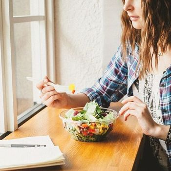 歯触りや食感など、様々な要素が一つになったサラダが楽しめるのが「GREEN BROTHERS」のサラダの魅力。サラダが食事の主役になれる。そんな新しくヘルシーな一皿に出会いに行ってみませんか?