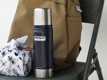 創業100年を超えるスタンレーの魔法瓶は、軍隊でも使われるほどの耐久性。70度以上の場合12時間保温でき、朝淹れてオフィスへ持って行っても夕方まで余裕で温かい飲み物が楽しめます♪