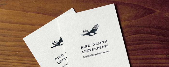 ショップカードもどこか上品でクラシックな印象を与えます。活版印刷のイラストとの組み合わせも素敵です。