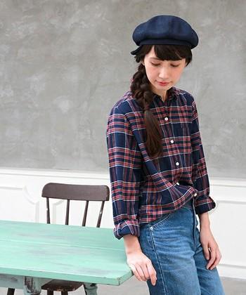 季節を問わないチェックシャツ。ジーンズはもちろんスカートやパンツ、どんなアイテムでも合わせやすいところが嬉しい♪