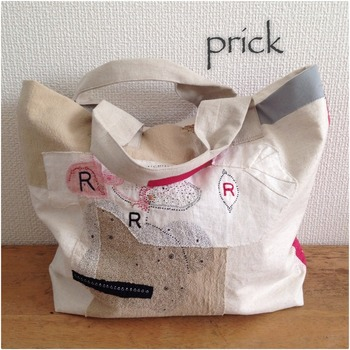 ステッチの一つ一つが表情ゆたかで、そばにあるだけで癒されるバッグ。緻密で繊細ながら大胆なデザインがアートのようです。ステッチはもちろん、バッグのデザインもいくつかあるのでお気に入りを探すのも楽しいですよ。