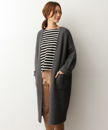 急に肌寒くなってきた今日この頃…。シャツやカットソー1枚じゃ寒いし、そろそろ羽織りを着なくちゃ…と思っている人も多いのでは?今年の秋、もっとも旬な羽織りものと言えばコーディガン。