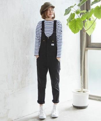 定番コンバースは、ハイカット派 or ローカット派?スカート&パンツの冬コーデ集