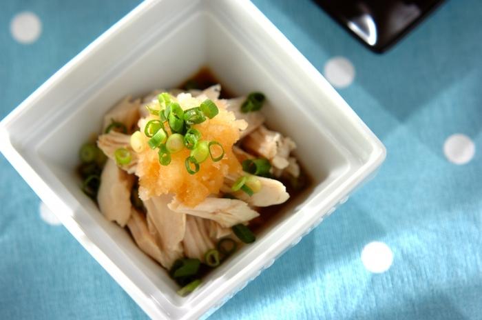 大根おろしと合わせて、食欲がないときでもあっさり&さっぱりいただける一品。レンジで調理する簡単レシピです♪