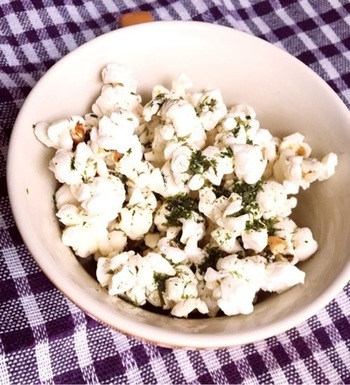 ポップコーンの定番でもある、のり塩! やっぱり美味しい…癖になる味です。 お客さんを招いて、作ってあげても良いですね。