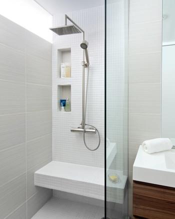 水垢がついて目詰まりしやすいシャワーヘッド。体を綺麗にする水が出てくるシャワーヘッドは常に清潔でありたいですよね。こちらはクエン酸水で漬け置きをすると清潔に保つことができます。