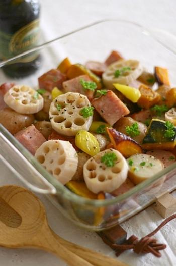グリルで焼く前に、野菜を塩ゆでする下ごしらえがありますが、レンコン・ジャガイモ・ニンジンなど、食物繊維がたっぷり摂れる根菜ばかり。 メインの肉料理に添える副菜にもオススメです。