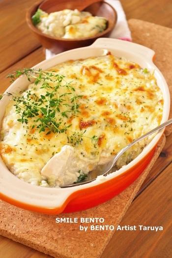 長芋や長ネギ、豆腐や厚揚げを使った、和食材なのに洋食なレシピ。長芋のトロトロ食感は、焼くことでさらにおいしく!鍋の食材が余った時などにもおすすめです。