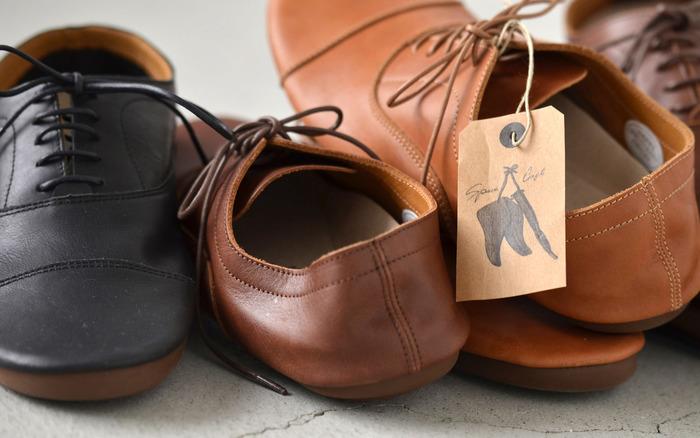 足元コーデにわくわくをプラス♪素材やデザインにこだわった「秋冬靴」