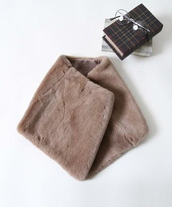 いかがでしたか?シンプルなコーディネートに「ファー小物」をプラスするだけで、あたたかみと季節感、オシャレ感がアップしますね!ぜひお気に入りの「ファー小物」を見つけて秋冬ファッションに取り入れてみて下さいね。