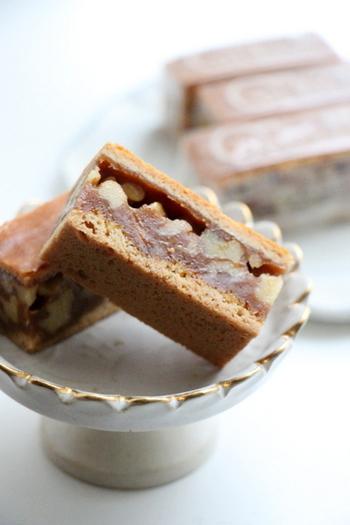 お土産で外せないのがこちらの「クルミッ子」。「鎌倉紅谷」の大人気お菓子で、くるみとキャラメルの味わいがくせになる美味しさです。