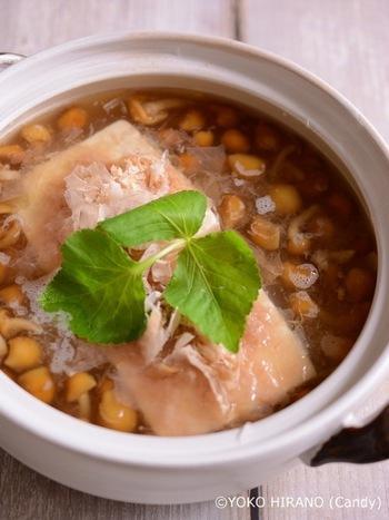 なめこと大根おろしのとろ~り食感が、体を芯から温めてくれる、優しい味わいのレシピです。