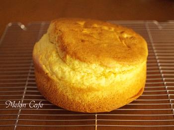 「ケーキのようなホットケーキミックス」を使うと、ふんわり柔らかなスポンジ作りも失敗なし。  簡単にふわふわスポンジが作れるので、色んなお菓子作りにチャレンジしたくなります♪