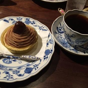 コーヒー通にも美味しいと評判のコーヒー。どうやらお水にこだわっているそうなんです。モンブランなどのケーキも上品で美味しいですよ。一緒にいかがでしょう?