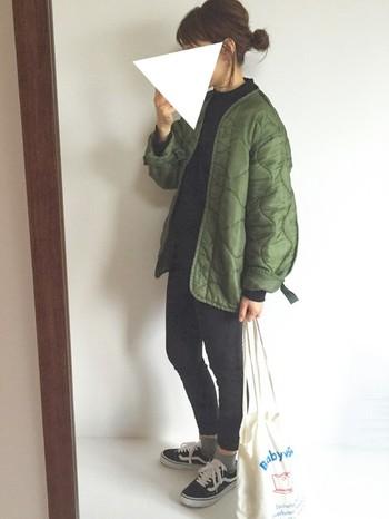 今年注目のアイテム、ライナージャケット&ライナーコート。大きめのものをダボッと着るのもおしゃれですし、身体のサイズにフィットするものを着るのもスタイルアップにつながります。この冬、そんなライナーコートを主役にしたスタイルを楽しんでみませんか?