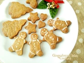 クリスマスの焼き菓子といえばこれ。スパイスを混ぜ込むことで、ミルクティーによく合うクッキーに。クリスマスらしい形にくり抜いて、個性的にアイシングしましょう!