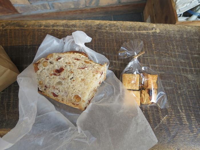 もちろん柔らかくしっとりとした「バナナパウンド」などの商品もあります。暖かくてお天気のいい日にはルヴァンで買ったパンを代々木公園で食べるのもおすすめですよ♪