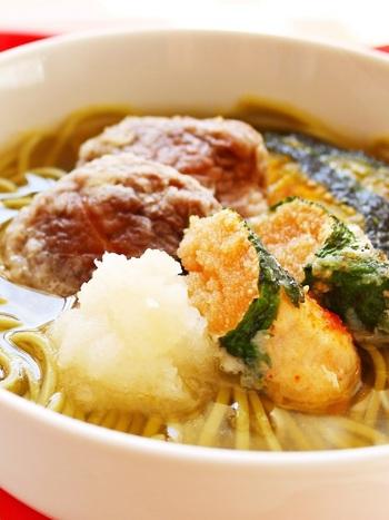 天ぷらそばはメジャーですが、明太子の天ぷらがのっているものは珍しいですね。いつもの天ぷらそばに、プラスしてみてはいかがでしょう。