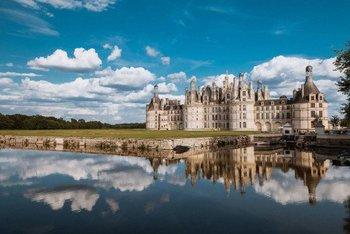 フランスで1番大きいシャンボール城もロワール川流域です。