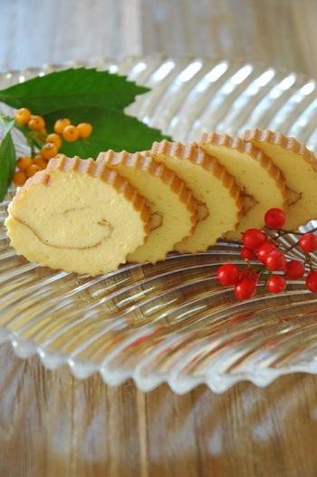 だて巻きの甘さが苦手な方も多いと思いますが、おつまみ感覚で味わえるチーズだて巻きがおすすめですよ。作り方はほとんど同じですが、使う食材を変えることで劇的に味が変化します。