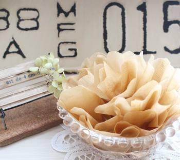ふわふわしたお花の形に作ってもかわいい。お気に入りのアロマオイルを足しても。