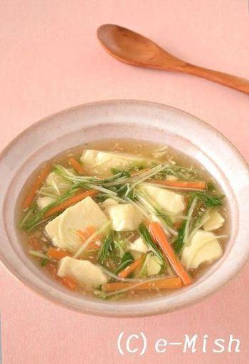 豆腐と水菜を使ったとろっとろのしょうがあんかけ。胃に優しい食材を使っているので、食欲がないときや風邪気味のときにもおすすめです。