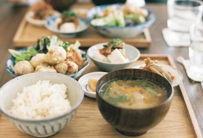 その他週替わりのメニューや車麩、大豆ミートといったお肉を使わず野菜を使ったランチが頂けます。健康によい食事をぜひ「mokuji」さんで。