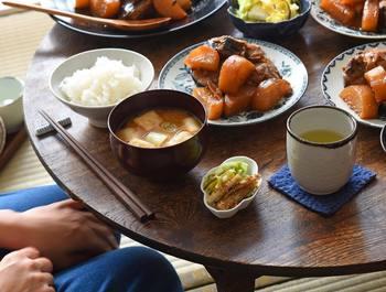 おしゃれなお店で頂く和食のご紹介、いかがでしたでしょうか。お家でも普段食べる和食もおいしいですが、誰かが丁寧に作ってくれたごはんはひと一倍おいしいものです。素敵な空間で心もお腹もいっぱいになりますよ。