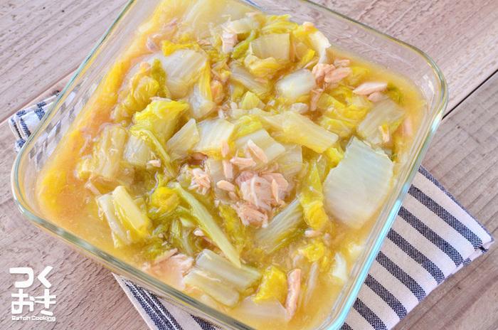 白菜とツナを使った簡単常備菜♪3日ほど日持ちするので、あと1品欲しい時や一人ランチのおかずにもなります。