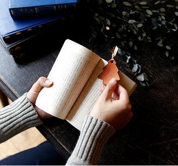 先端にリボンをつけて本のしおり代わりにすれば、ずっと愛用できます。