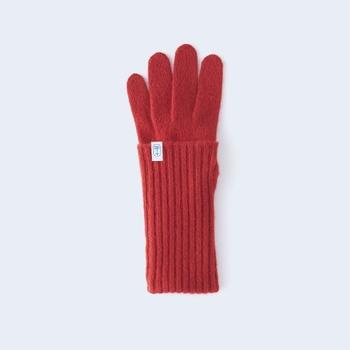 tenjikuを肘までの長さにしたlongサイズは、折り返して使ったり、半袖のセーターと合わせたり、その日のファッションや気候に合わせて楽しむことができます。