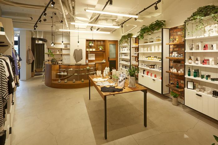 ディレクションを手掛けるのは、東京・渋谷のコミュニティストア「DESPERADO」(デスペラード)のクリエティブディレクター兼バイヤーの泉英一氏。