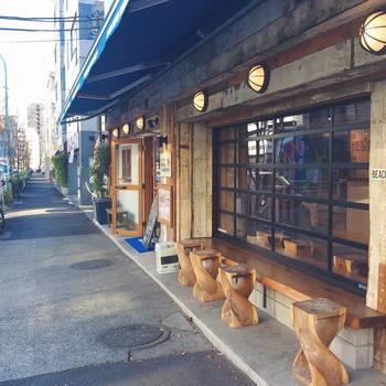 東大駒場キャンパスの近くの閑静な住宅街にある「Bondi Coffee Sandwiches」。 代々木公園の「Bondi cafe」がプロデュースしたサンドウィッチのカフェスタンドです。