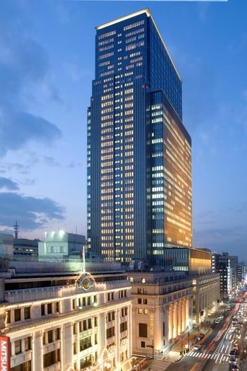 """日本橋のシンボル的存在であり、日本有数の高級ホテル""""マンダリンオリエンタル東京""""。そんな高級ホテルの中に、何とピッツァバーがあるのです。"""